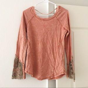 GIMMICKS By BKE Floral Lace Sleeve Orange Henley